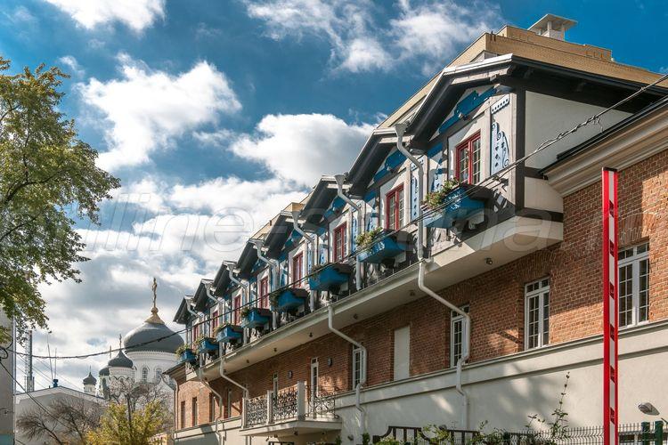 Бронзовый Кабан, авторский отель
